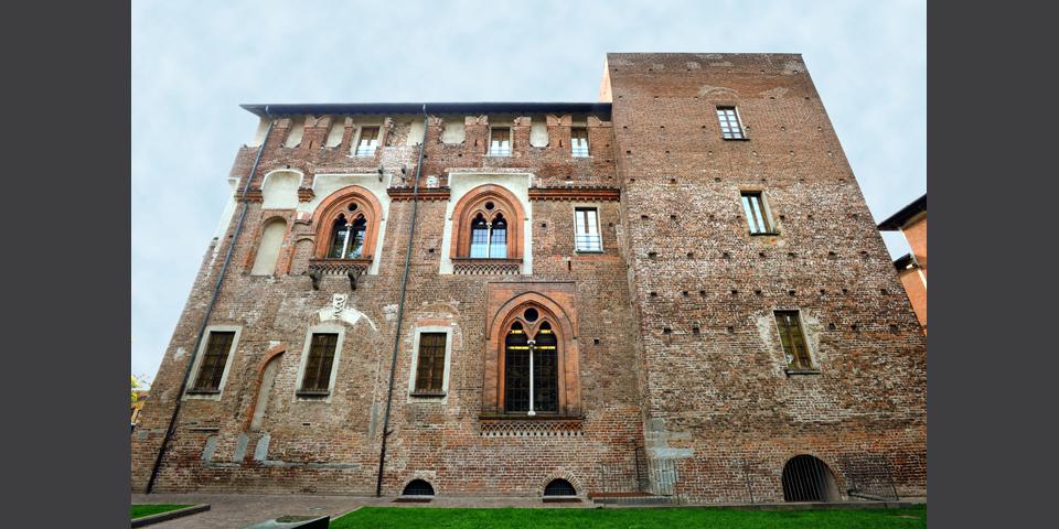 Abbiategrasso, il Castello Visconteo, torrione © Alberto Jona Falco