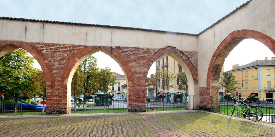 Abbiategrasso, il Castello Visconteo, il portico © Alberto Jona Falco
