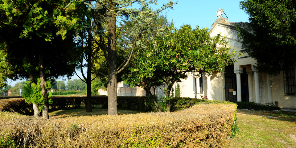 Mantova esterno del cimitero © Alberto Jona Falco