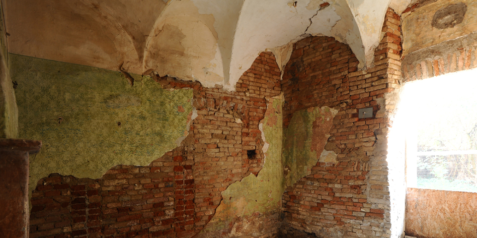 Ostiano, possible room for ritual bathroom on the groundfloor of the palace where there was a synagogue in the castle © Alberto Jona Falco