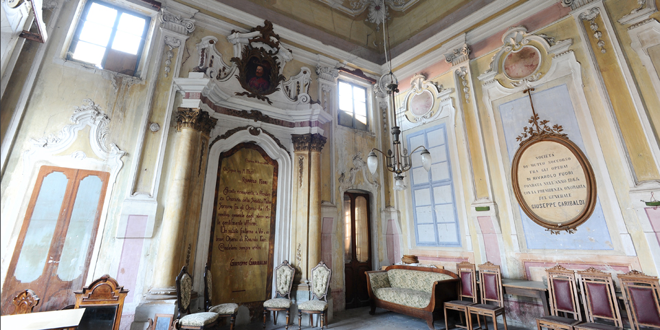 Rivarolo Mantovano, interior of the synagogue © Alberto Jona Falco