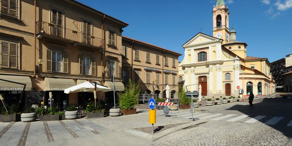 Broni, piazza Garibaldi © Alberto Jona Falco