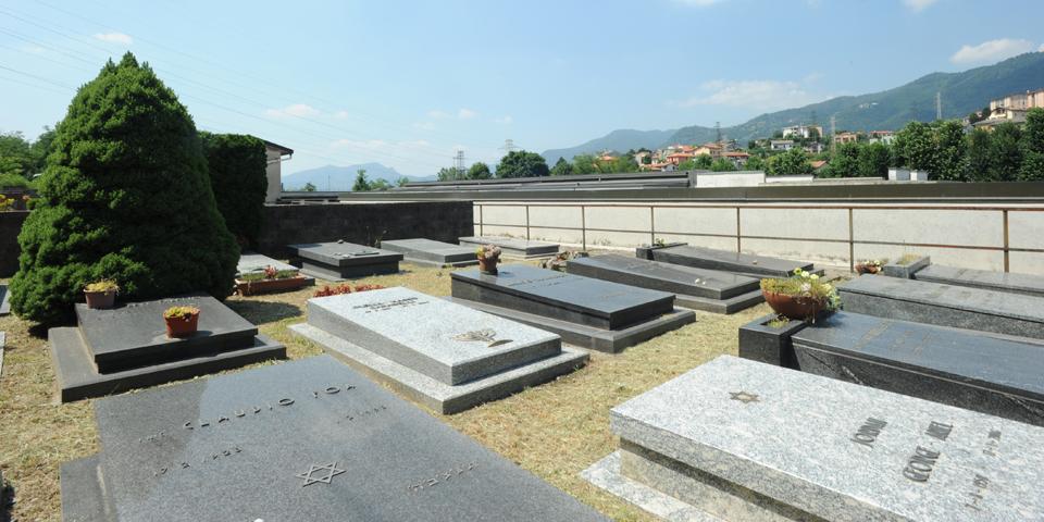 Como, il cimitero ebraico Monte Olimpino © Alberto Jona Falco