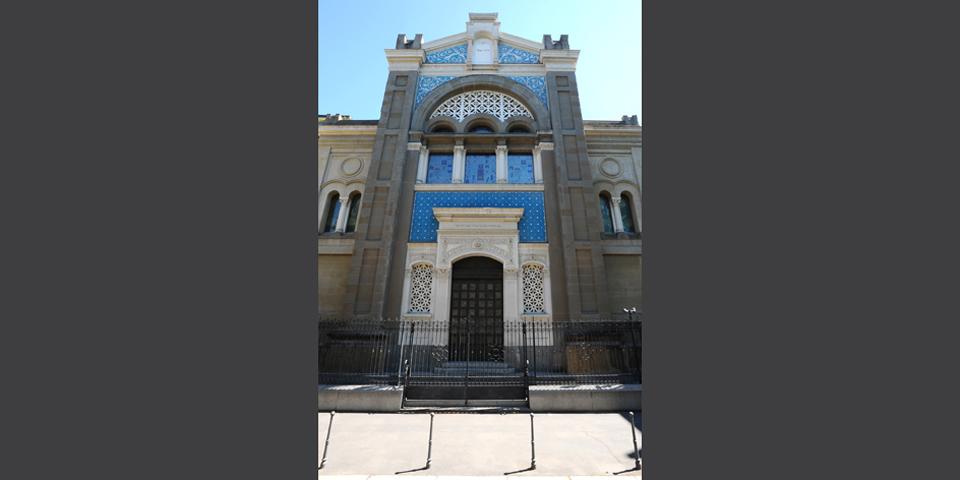 Milan's central synagogue facade © Alberto Jona Falco