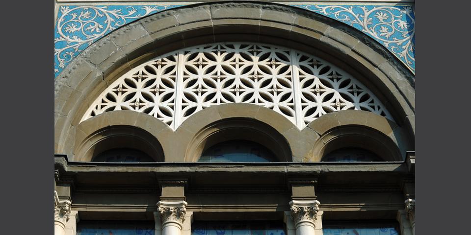 Milano sinagoga centrale particolare della facciata © Alberto Jona Falco