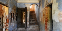 Ostiano, entrance of the palace where inside the castle was the synagogue © Alberto Jona Falco
