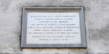 Pomponesco, plaque in memory of Cantoni, detail © Alberto Jona Falco